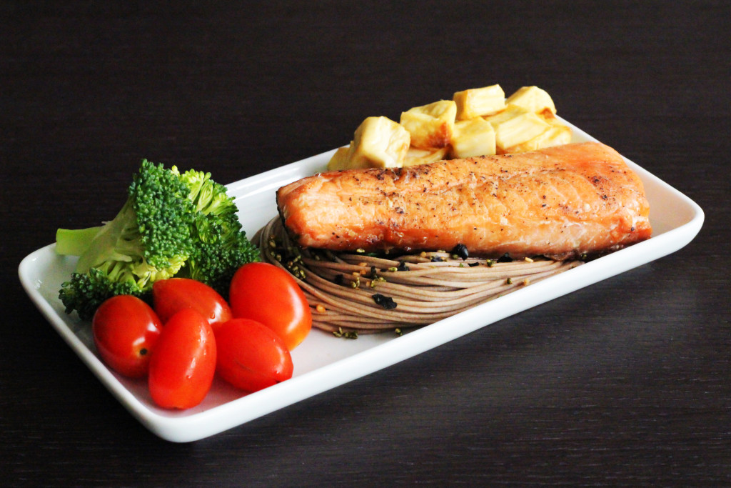 Airfryer Salmon and Soba 1