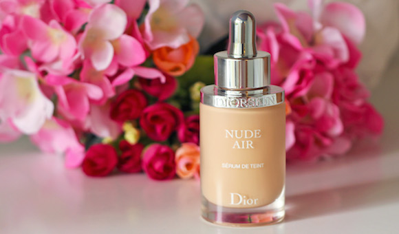 How To Pick The Perfect Foundation (For Your Skin)