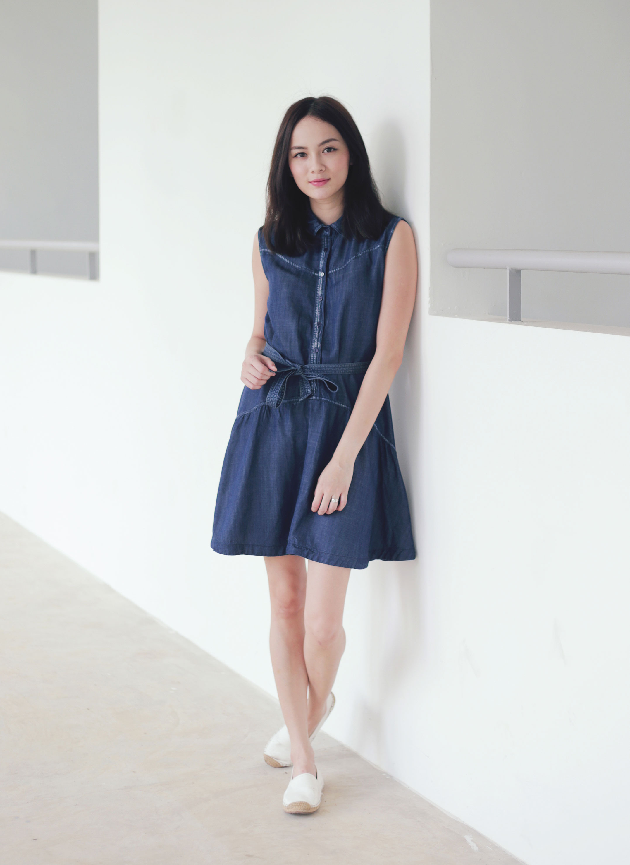 Singapore.. Latest trends in women's dresses. New models every week: short, long, party and evening dresses. Free delivery from S$79 and easy returns Rhinestone denim dress S$ S$ d d. Add Choose your size. XS S M L XL. Embroidery bead dress S$ S$ d d. Add.