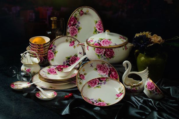 taobao-rose-tableware-set